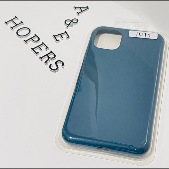 Silicone case for iPhone 11 (navy)